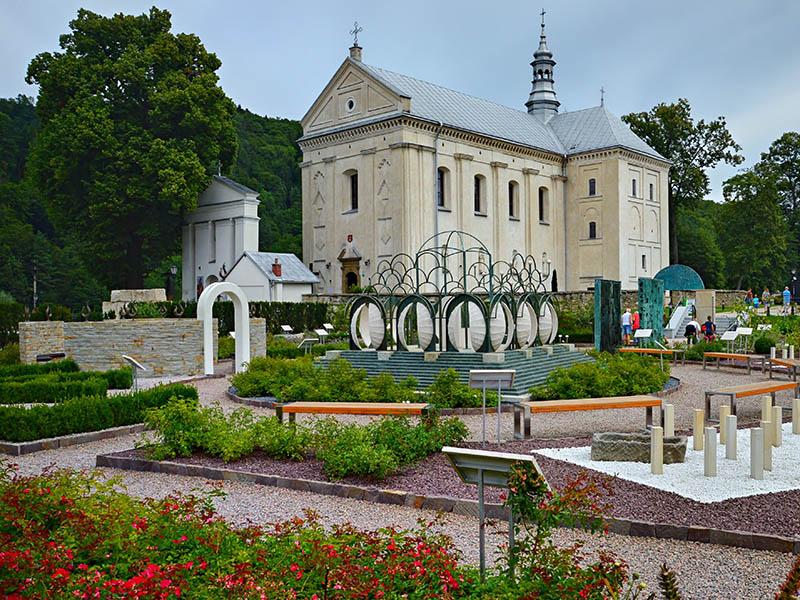 Kościół pw św Józefa w Muszynie